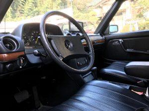 W123 230E メルセデスベンツ